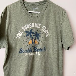 Old Navy vintage wash men's tshirt